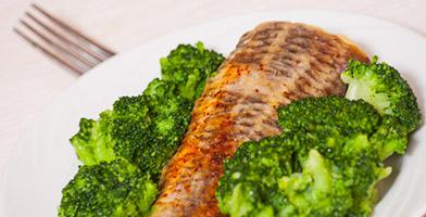 Merluza al vapor con Brócoli