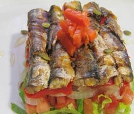 ensalada-sardinas-pimientos
