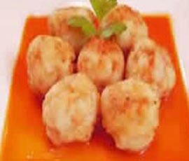 albondigas-merluza-pimientos-rojos