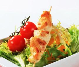 Brocheta de pollo con Verduras