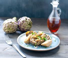 Ensalada de alcachofas con anchoas y huevo